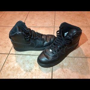 Nike Air Force 1 Men Sneaker